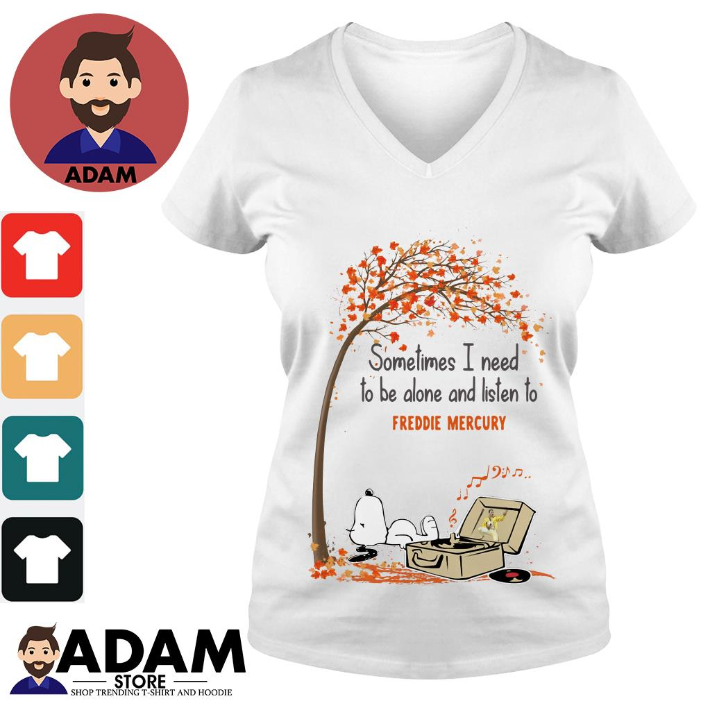 Snoopy sometimes I need to be alone and listen to Freddie Mercury V-neck-T-shirt